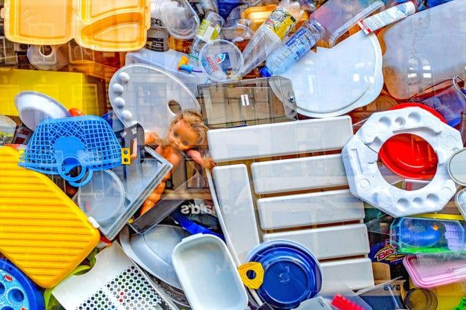 Trash Hero Flasche kaufen Plastikmüll Nachhaltigkeit