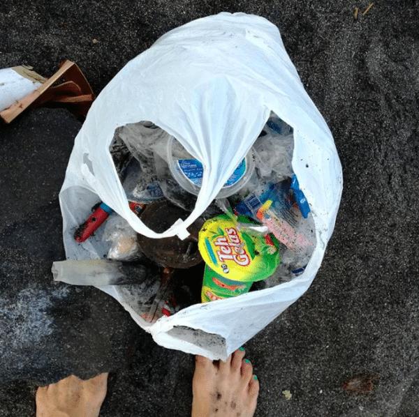 Plastikflaschen Verbot auf Pazifik Insel Clean Up EcoYou