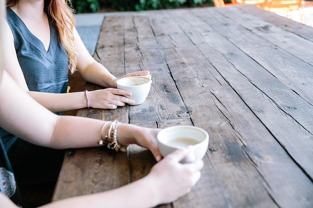 Haushalt Entrümpeln Bedeutung Kaffee Freundinnnen