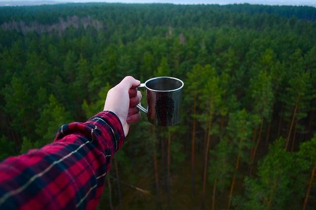wiederverwendbare Tasse aus Edelstahl zum Camping und Reisen