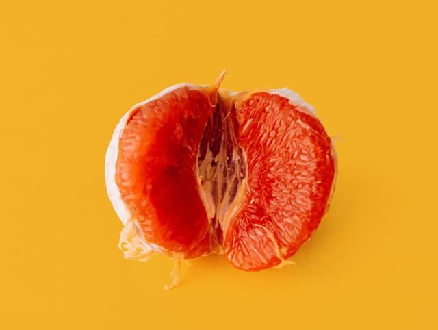 Stoffbinden Nachhaltige Menstruation Periode plastikfrei Zero Waste Leben ohne Plastik erdbeerwoche waschbare Binden EcoYou Tipps Blog