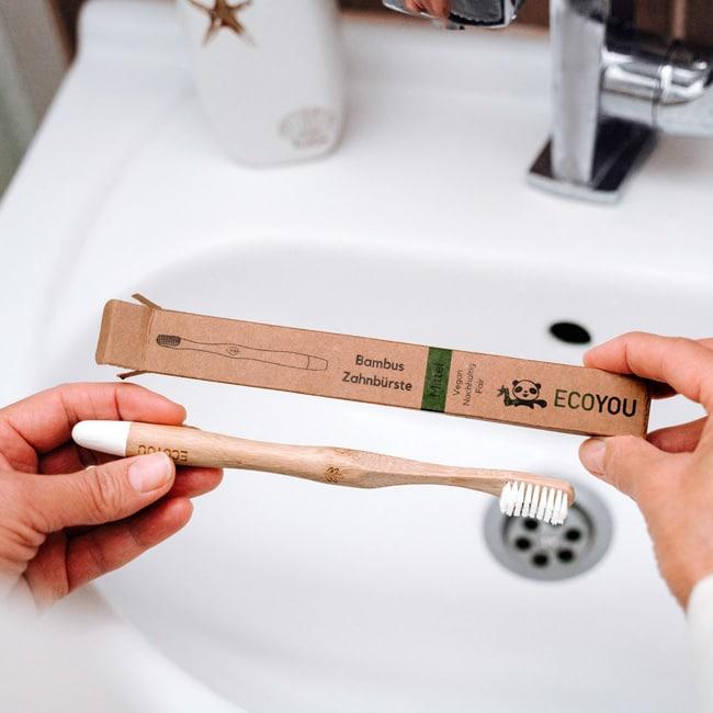 Bambus Zahnbürste - Nachhaltig leben - EcoYou - Zero Waste Online Shop